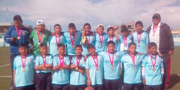 Glorioso San Carlos se alzó el oro en fútbol varones