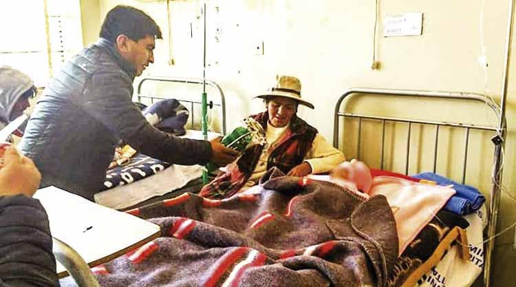 Los abandonan tras intoxicación - Los Andes Perú