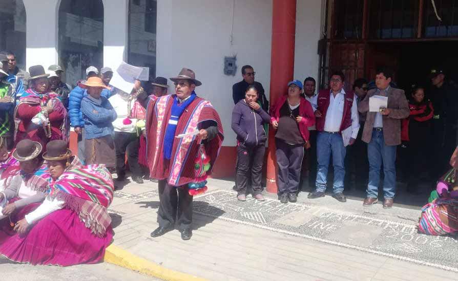 Tenientes gobernadores dan ultimátum a alcalde huancaneño - Los Andes Perú