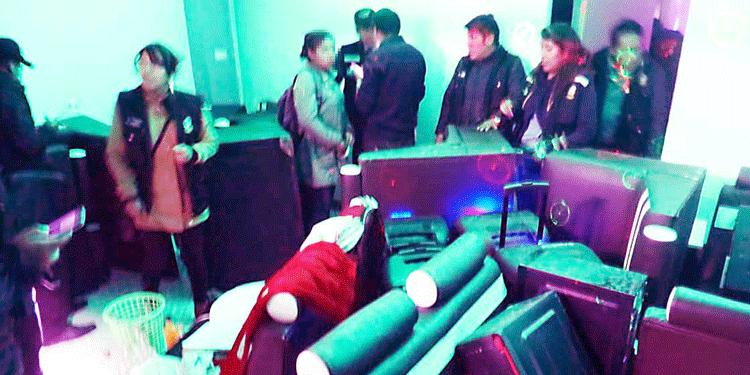 20 escolares fueron llevados a la comisaria de familia.