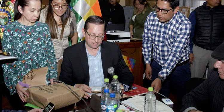 Senador oficialista de Bolivia Oscar Ortiz. (Foto: Agencia Boliviana de Noticias).