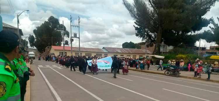 Comuneros se movilizan en Saman.