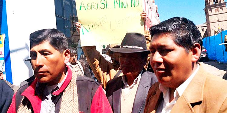 Dirigentes Aimaras amenazan con iniciar una huelga indefinida por la libertad de su líder.
