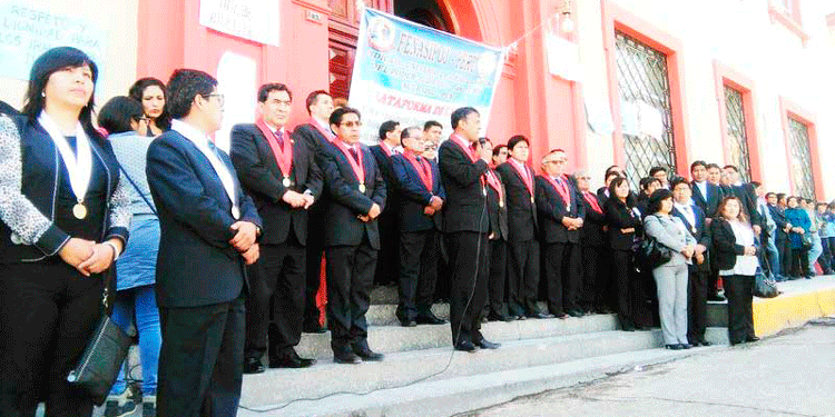 Junta de jueces de la ciudad de Puno.