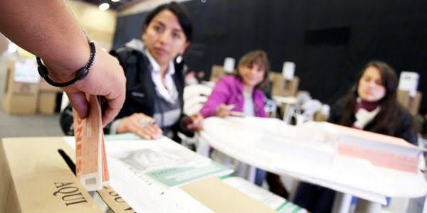 Listas de candidatos al Congreso logra entre el 40% y el 45% de participación femenina.
