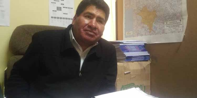 Subgerente de Promoción, Educación, Cultura de la MPP, Marco Antonio Mamani.