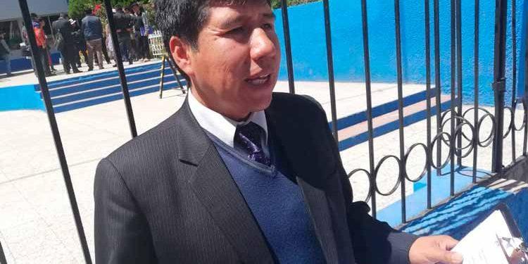 Percy Solórzano Mamani, especialista de Tutoría de la Unidad de Gestión Educativa Local (UGEL).