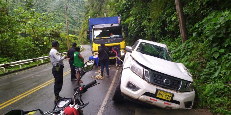 Vehículo se despista-en-San Gabán.