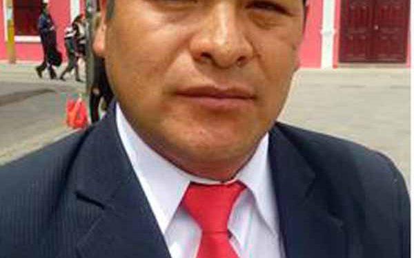 Wilber Apaza Días prefecto regional de Puno.