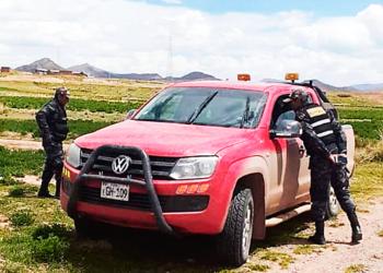 Carro del Gobierno Regional.  Gerente general dijo que sus funcionarios  fueron asaltados por cinco sujetos.