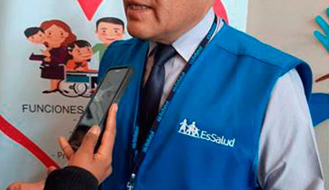 Gerente de la red Asistencial de Puno, Juan Carlos Mendoza Velásquez.