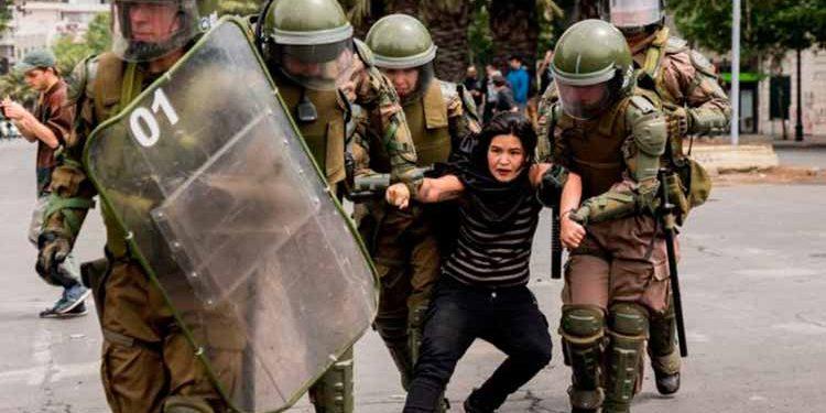 En lugares emblemáticos como Plaza Italia han ocurrido enfrentamientos entre los manifestantes y la policía. (Foto: BBC)