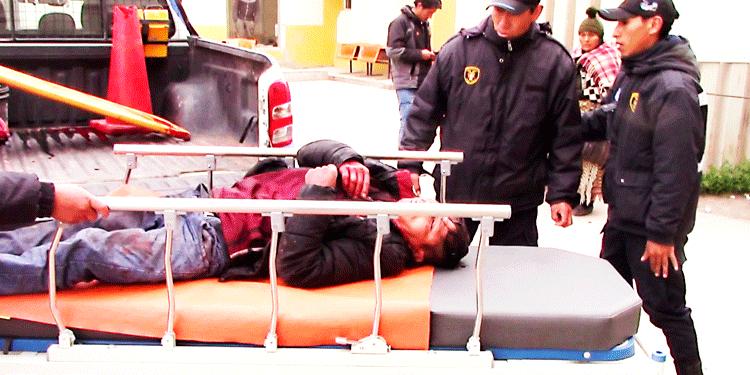 varón fue atacado por delincuentes en juliaca.