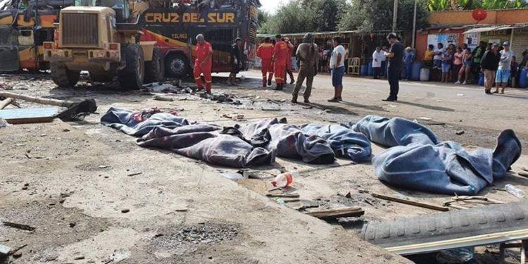 Al menos 16 muertos Deja fatal accidente en la vía Lima - Arequipa