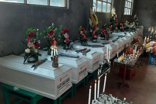 Restos de las 14 personas desaparecidas en la región Ayacucho, en mayo de 1983.
