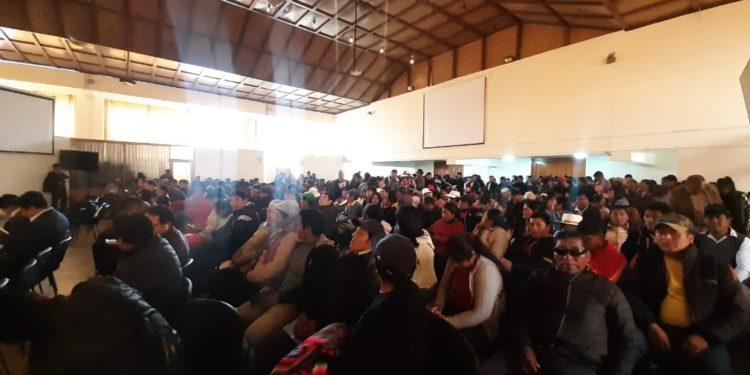 Auditorio de la DRA, Fue copado por pobladores de Sandia y San Gabán.