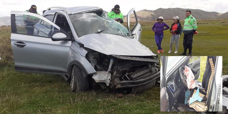 Auto sufrió fatal accidente en la vía Interoceanica.