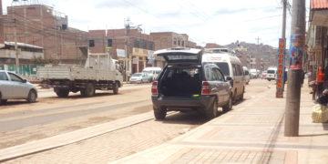 Ciclovías sirven de estacionamiento para inescrupulosos transportistas.