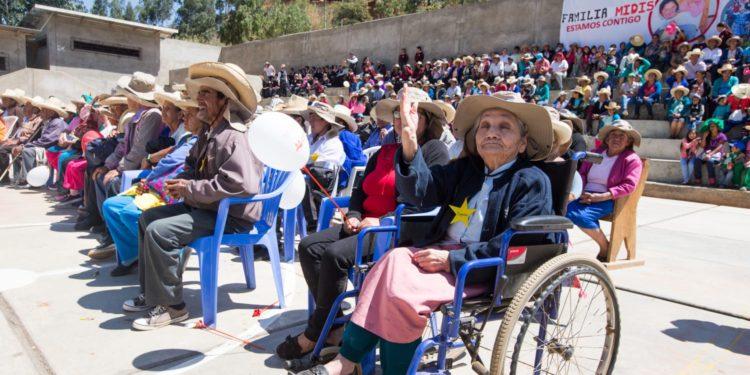 Discapacitados Son beneficiados con bono que les otorga el gobierno.