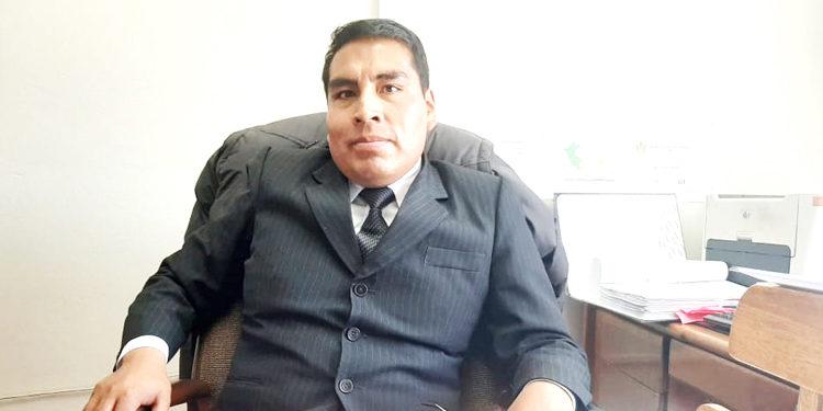 Gerente de la oficina de Planificación y Presupuesto, Jaime Lopez Mamani.