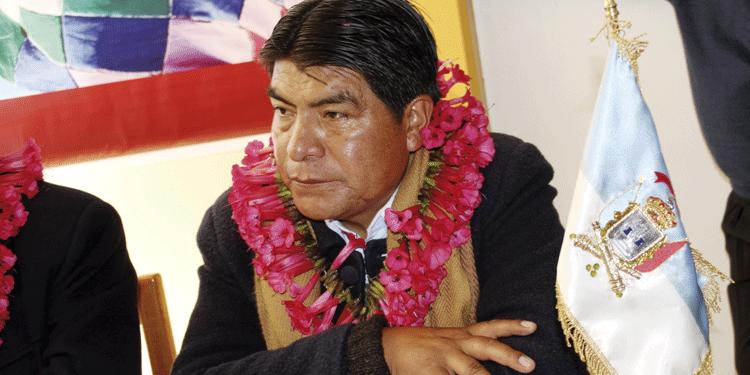 Martín Ticona es uno de los alcaldes de la región  beneficiado con incremento.