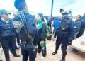 Policías y serenos los llevaron a la comisaria central.