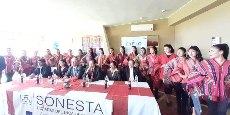 Presentación de las 19 candidatas.