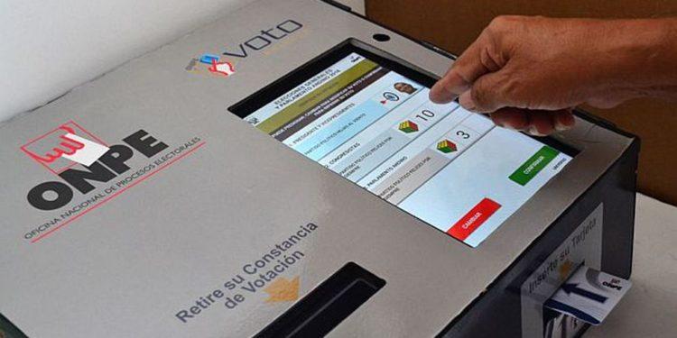 Fuerza Popular alega que sistema informático no permite verificar que el recuento de los votos sea reflejo exacto y oportuno de la voluntad del elector. (Foto: Andina)