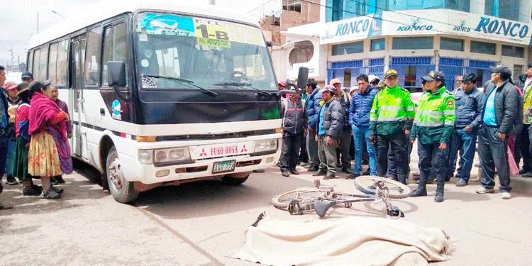 Vehículo de la Linea 1B atropello a un ciclista.
