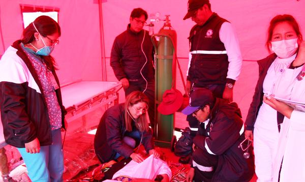 Atención alrededor de 300 danzarines fueron atendidos por la Red de Salud Puno.