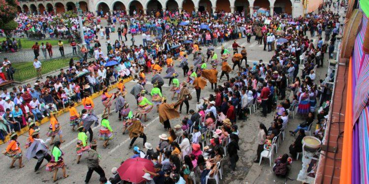 Ya se viva los carnavales en Ayacucho.