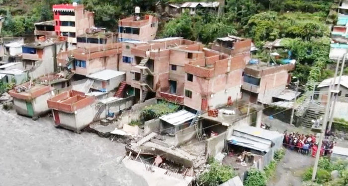 Sera para familias cuyas viviendas fueron arrasadas por el río.