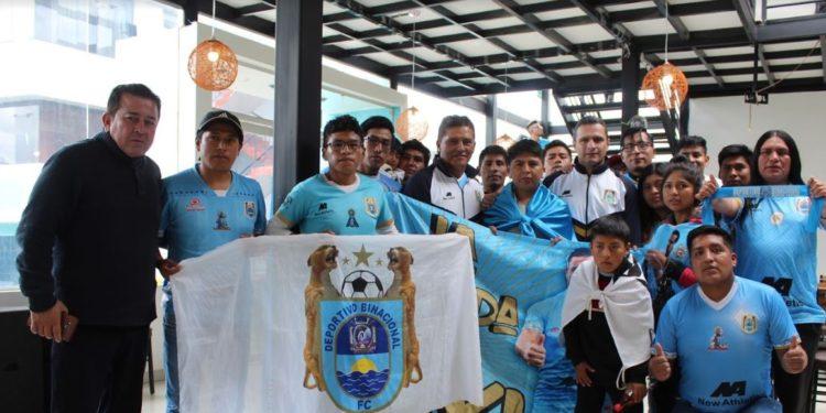 El colombiano Flabio Torres fue presentado oficialmente como entrenador de Deportivo Binacional.