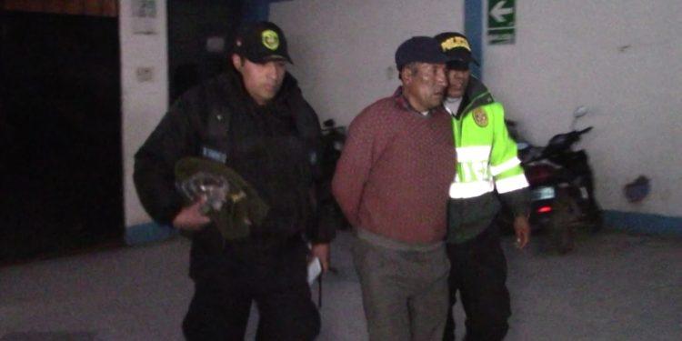 Presunto ladrón, del mercado San José fue conducido a la comisaria de Juliaca.