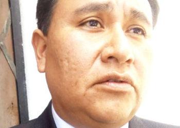 El director regional de Salud, Jorge Montesinos Espinoza, pide celeridad al Comité.