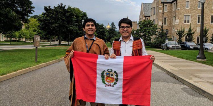 Apurimeño Jermani Ojeda tuvo la oportunidad de enseñar la lengua y la cultura quechua en Estados Unidos. (Andina).