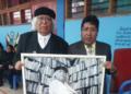José Luis Ayala y Andrés Arpita en la escuela 841 de Huancané.