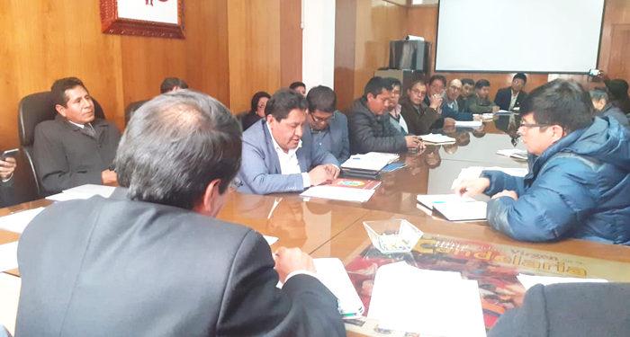 Reunión en el Gobierno regional.