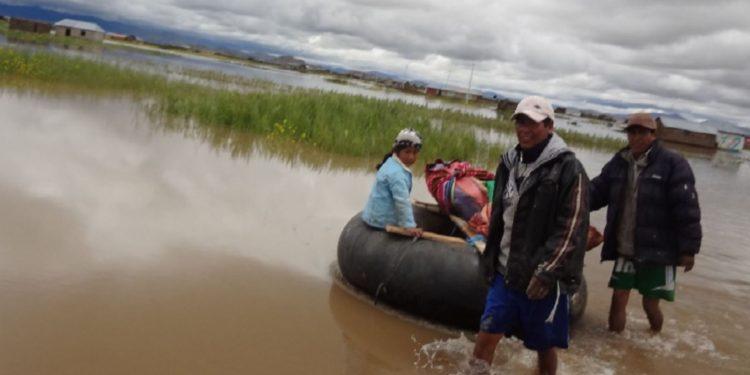 Las autoridades del Senamhi recomienda tomar las precauciones correspondientes y evitar realizar actividades cercanas al río. (Andina).