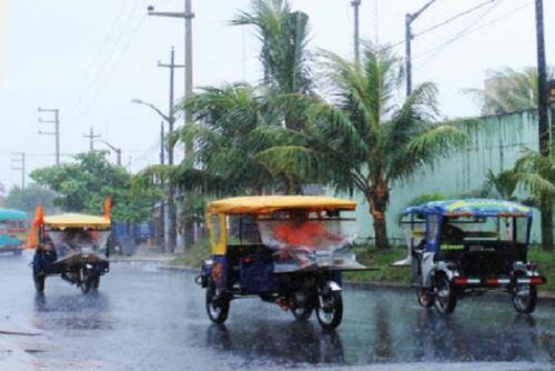 Lluvia de moderada a fuerte intensidad se presentará en la Selva, acompañada de descargas eléctricas y viento de fuerte intensidad por encima de los 45 kilómetros por hora.