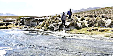 Vilavilani. Peligran las aguas del río Mauri.