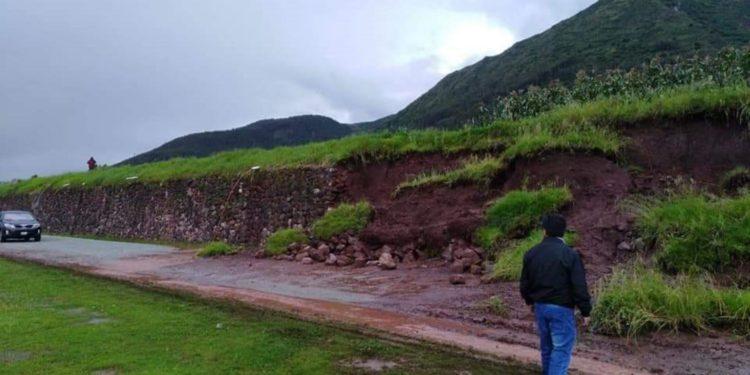 Lluvias intensas provocan la caída de andenes inca en distrito cusqueño de Zurite. (Andina).