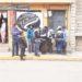 Funcionarios ediles vendiendo espacios públicos en el jirón Lampa de la ciudad de Puno.