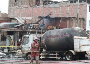 Deflagración de gas en Villa el Salvador.