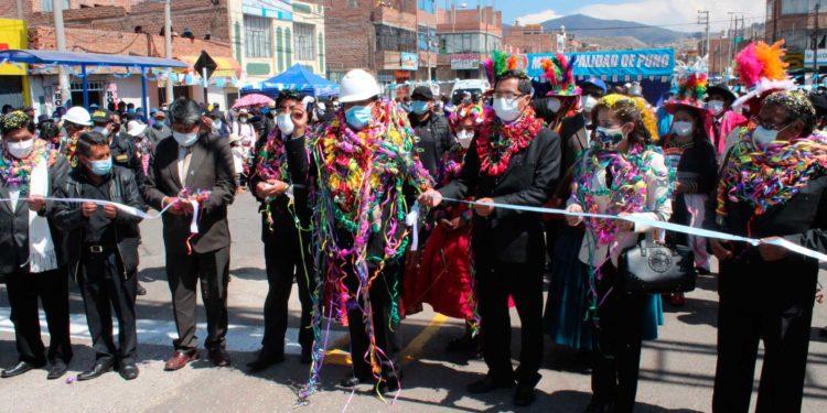 Alcalde y autoridades invitadas inauguran importante avenida
