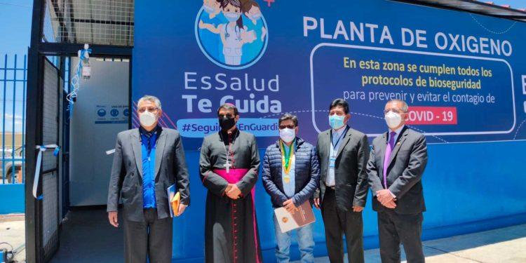Entregan otra planta generadora de oxígeno medicinal a Essalud Puno