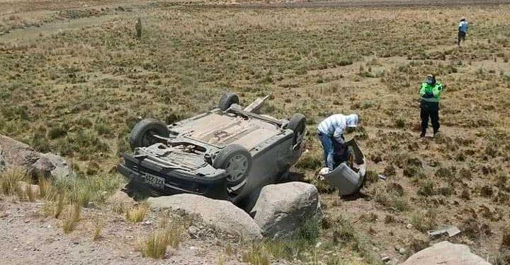 Despiste. Accidente por fortuna solo dejo daños materiales.
