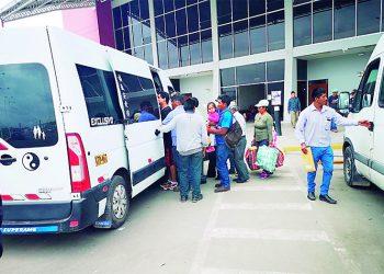 Fiscalizarán el servicio de carga de minivanes en terminal de Majes