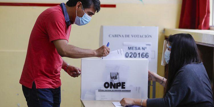 79 ciudadanos ya no serán miembros de mesa en Arequipa tras periodo de tachas