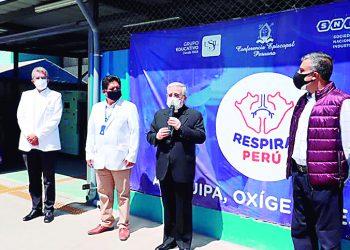Arzobispo de Arequipa pide al Gobierno que evalúe abrir las iglesias